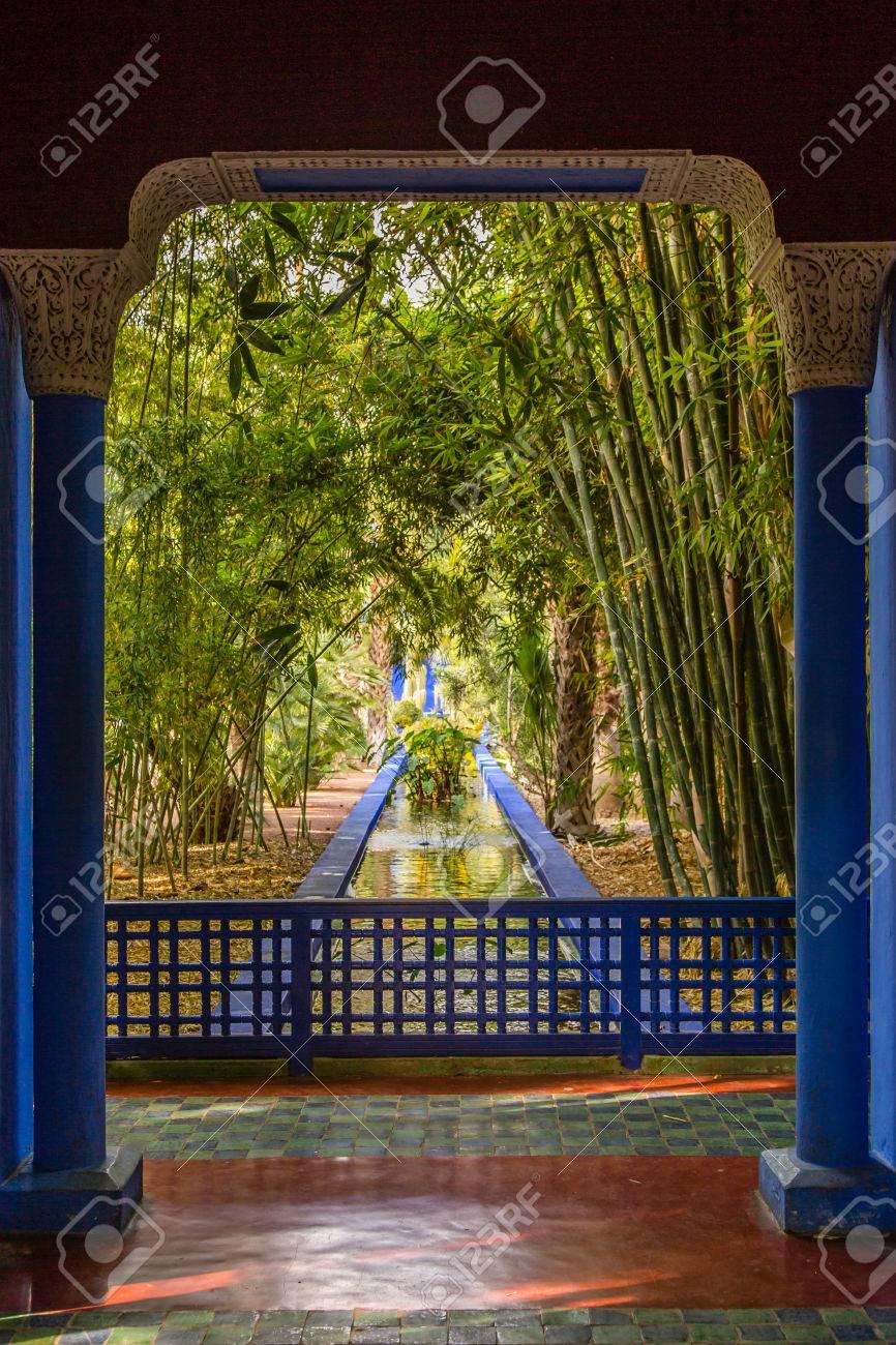 Jardin Botanique Jardin Majorelle A Marrakech Maroc Banque D