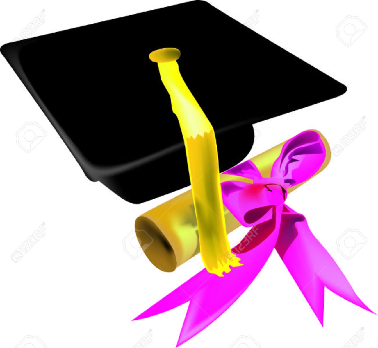 gorro de graduación con diploma