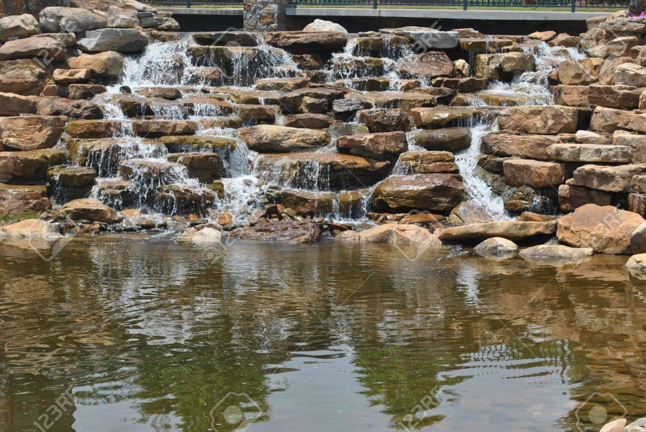 small  waterfall Stock Photo - 14289071