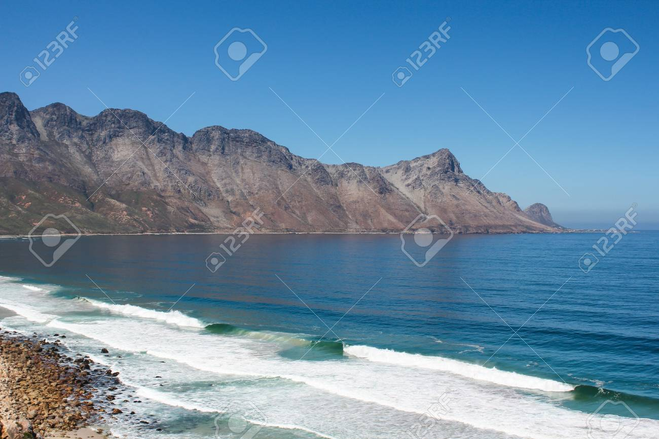 Beach along south africas coastline at the indian ocean Stock Photo - 15436455