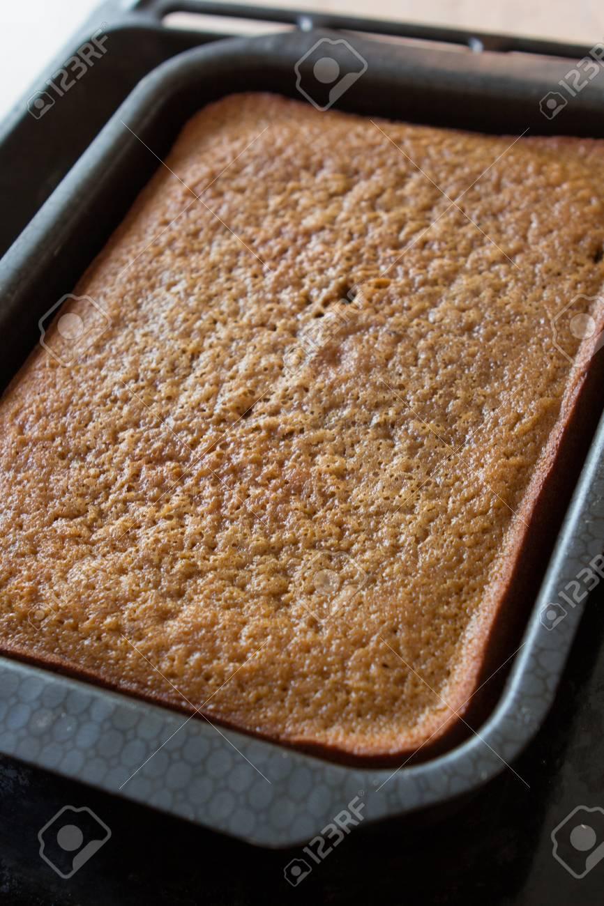 Hausgemachter Kuchen In Einem Backblech Lizenzfreie Fotos Bilder