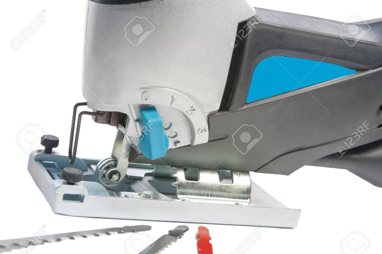 elektrische laubsägen mit ersatzteilen, großaufnahme, horizontale