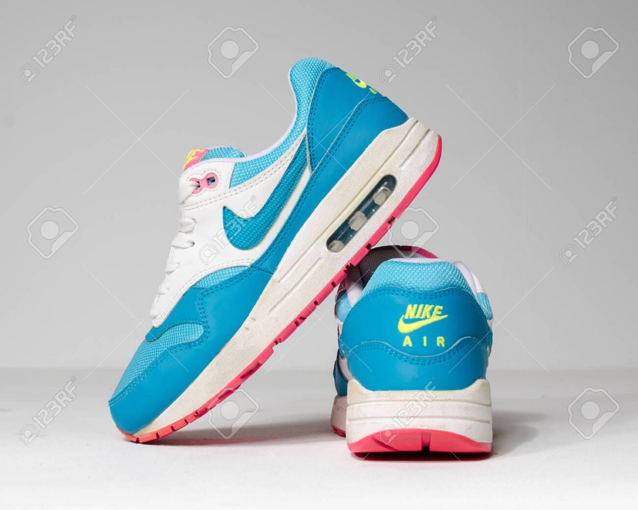 Rare Nike Air Max 1 Gs Clearwater