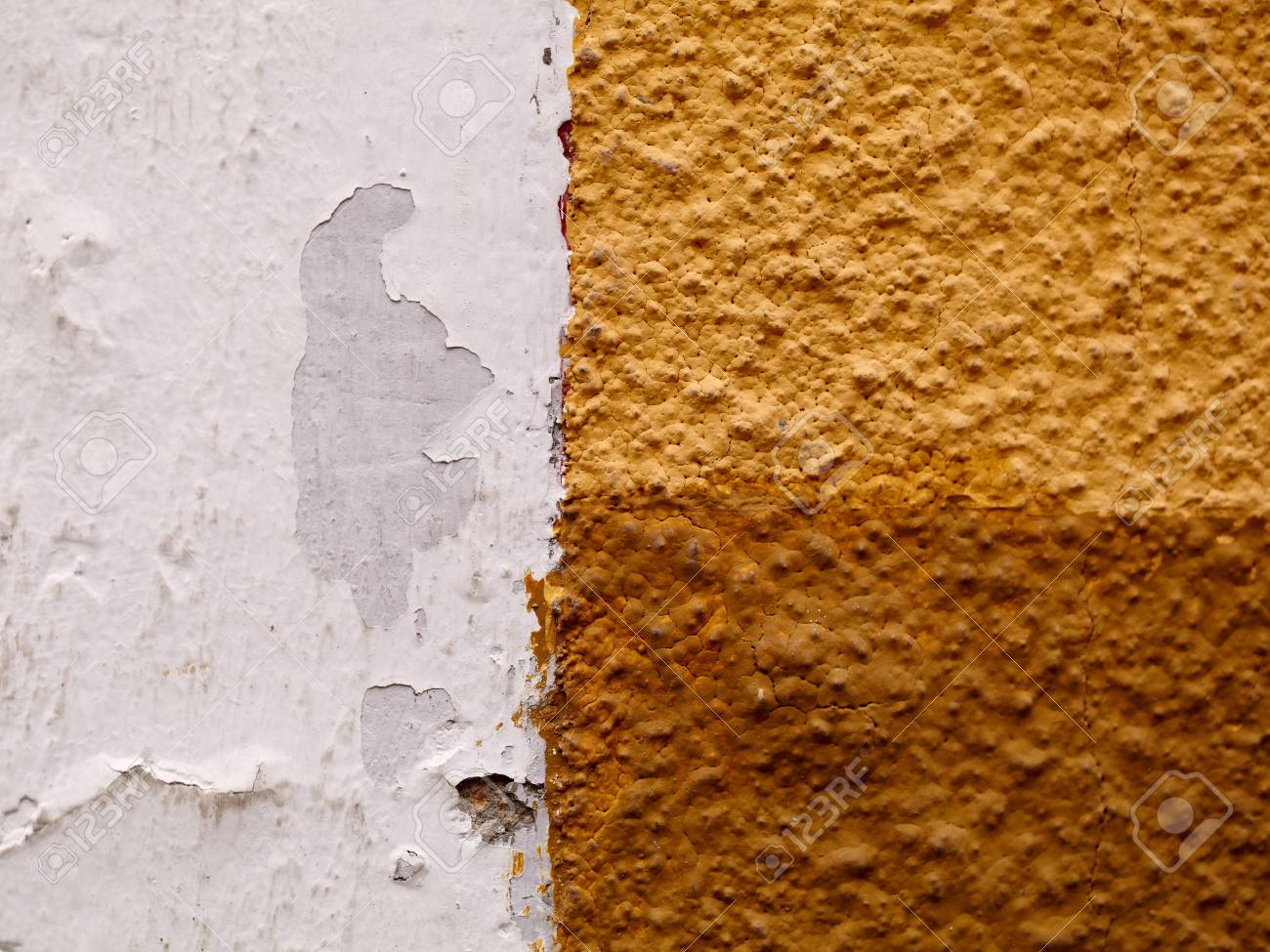 Standard Bild   Weiß Braun Gelb Riffelung Wand Hintergrund Textur