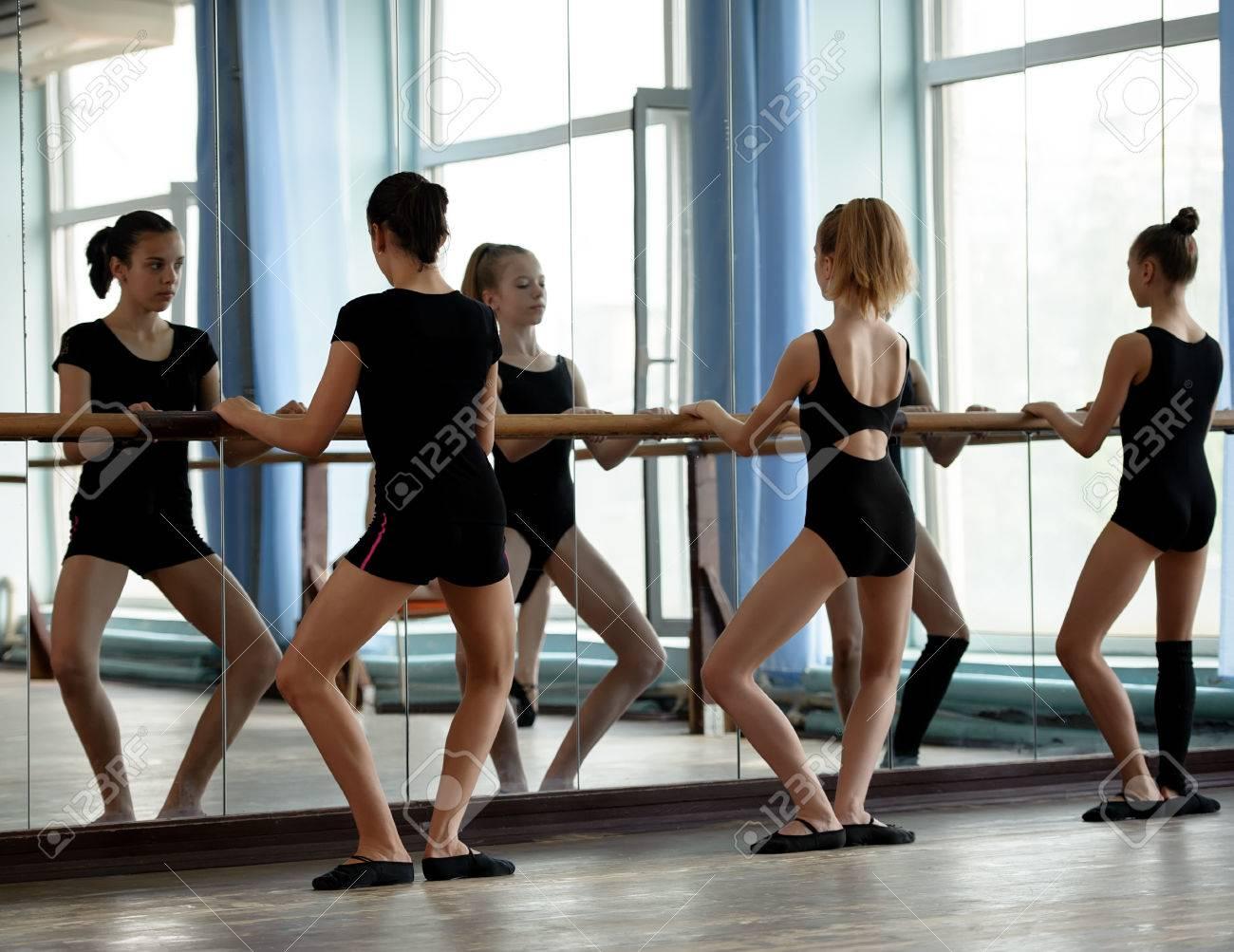 Фото репетиции балерины 4 фотография