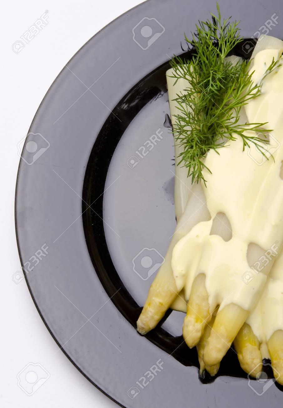 Asparagus, ham and sauce hollandaise Stock Photo - 12771984