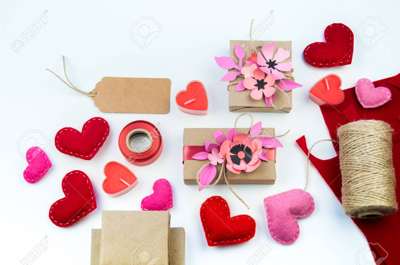 Gift Wrapping For Valentine S Day Tools And Decor For The Holiday