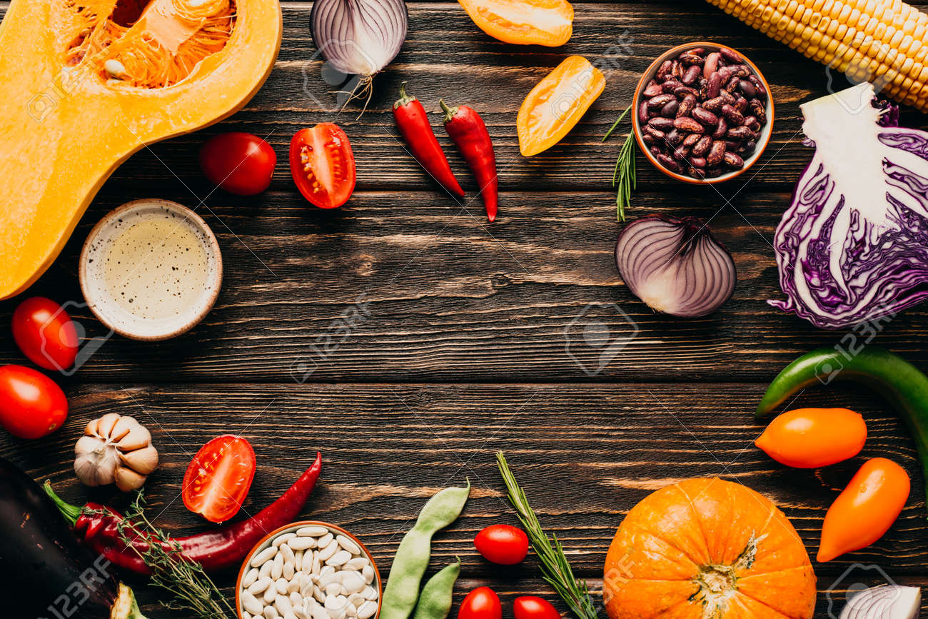 Food frame. Fresh Vegetables on a Wooden Background. Copy Place - 155247198