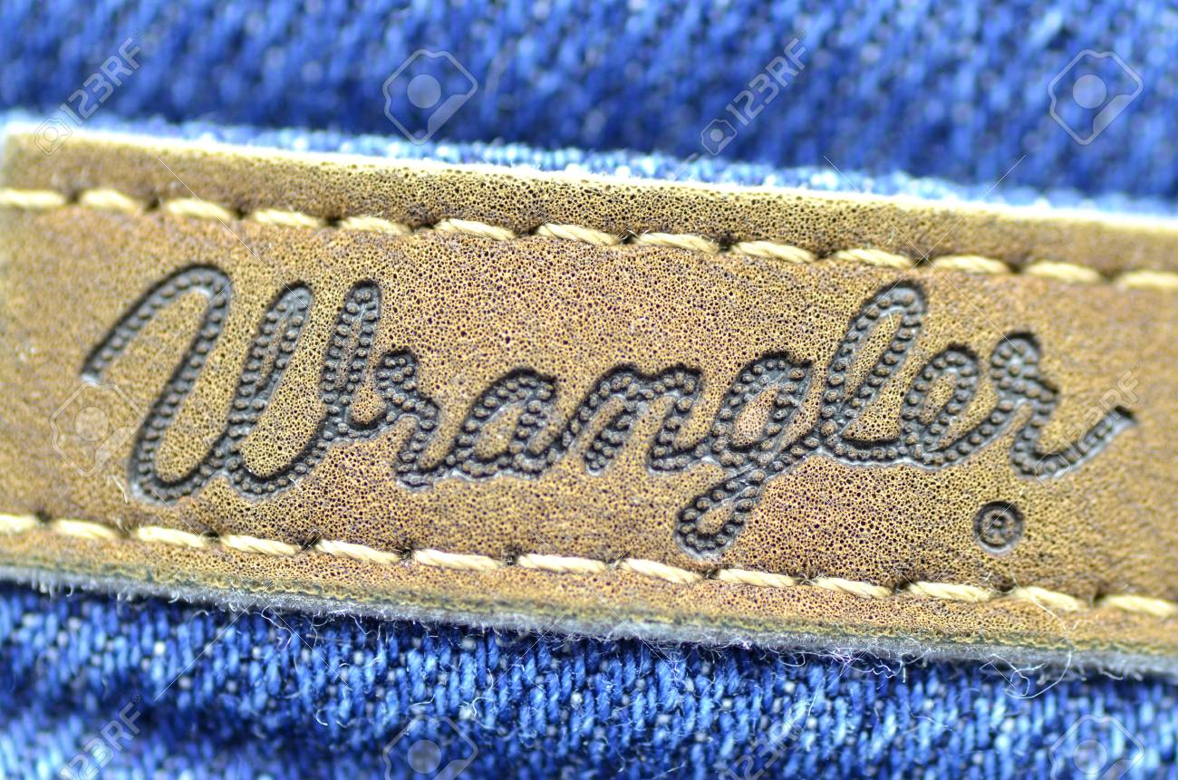 9b40db91 Closeup Of Wrangler Label On Blue Jeans Stock Photo, Picture And ...