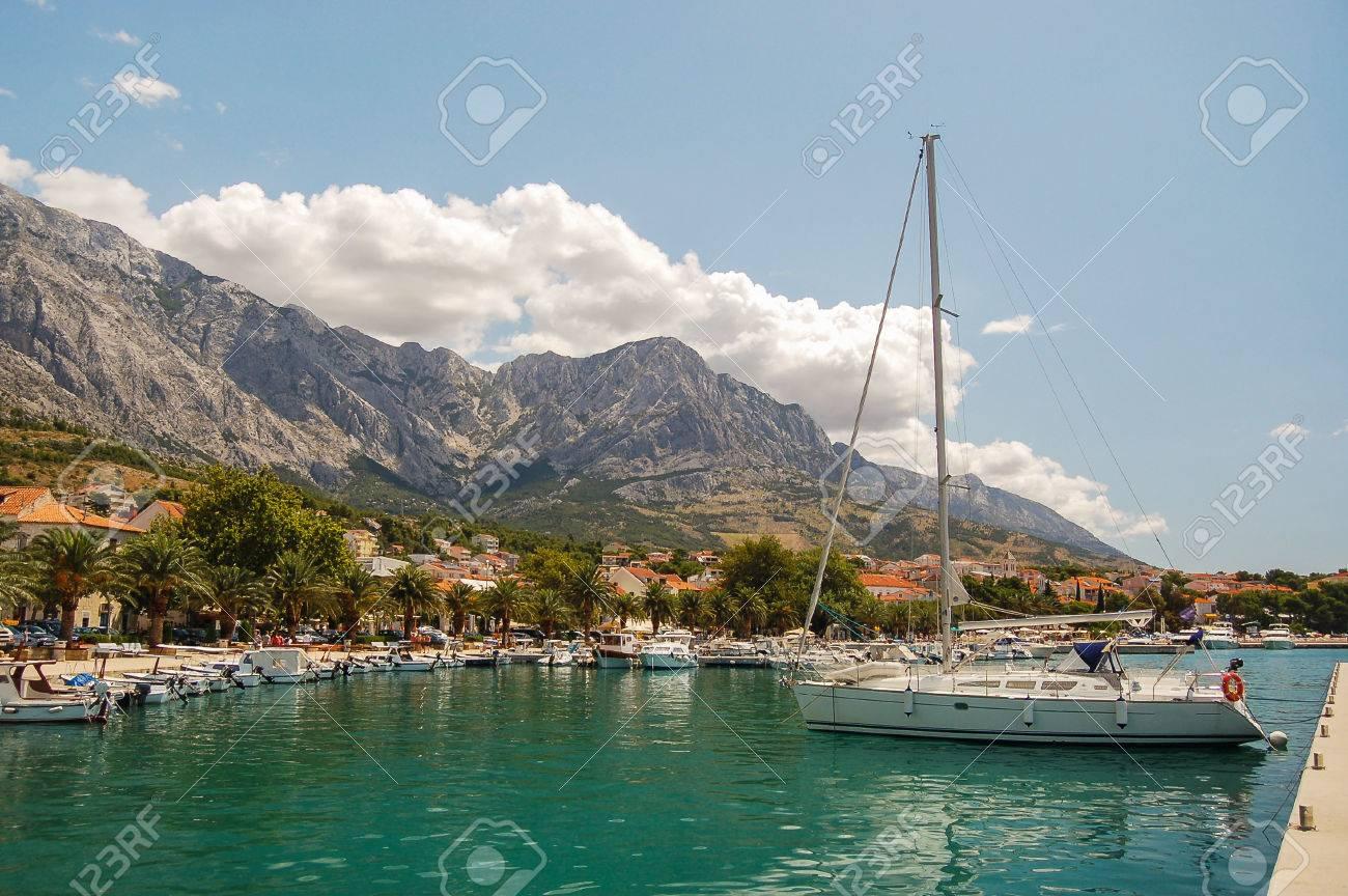 Gorgeous view of the marina in dalmatian Baska Voda, Croatia - 82865442