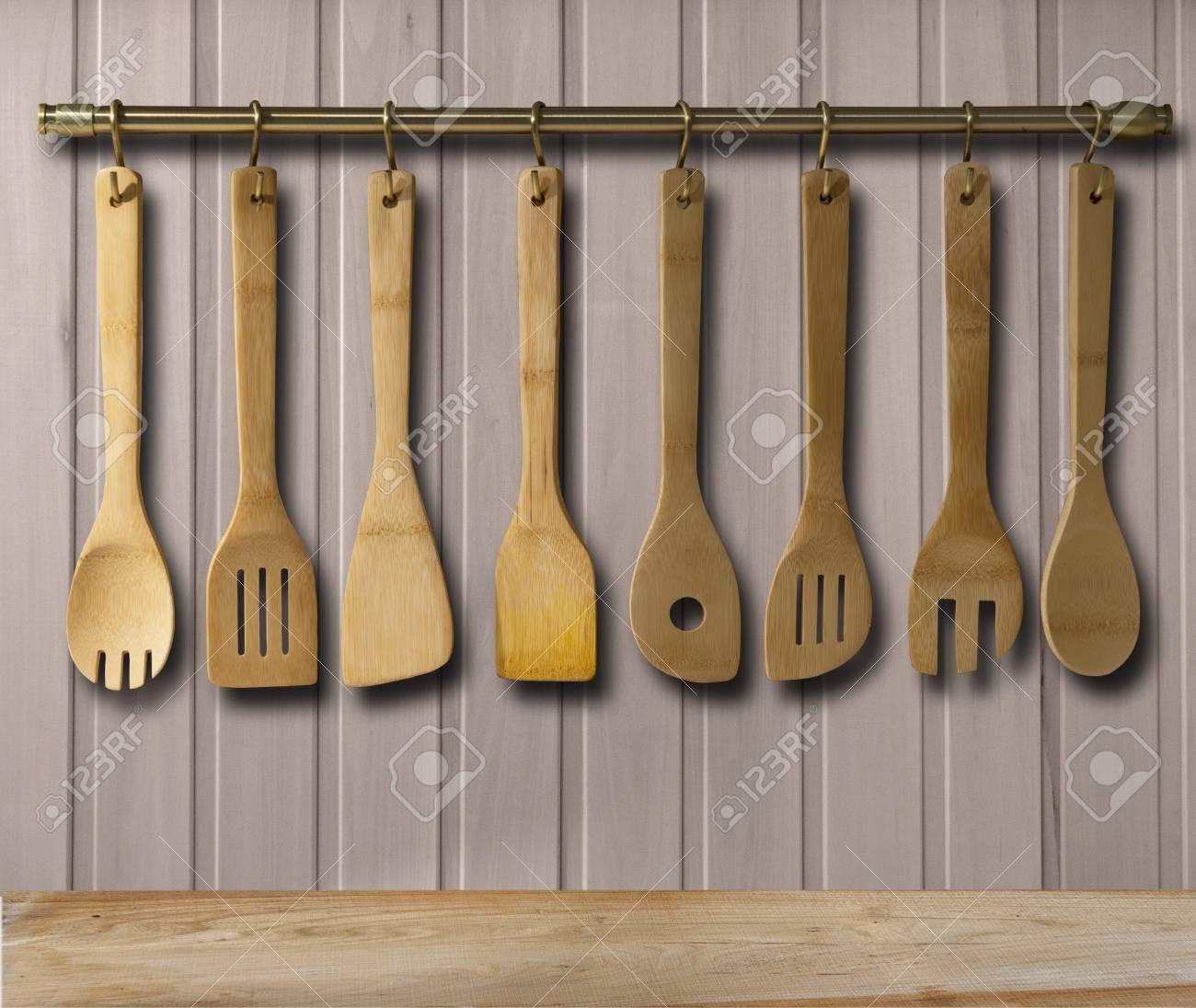 Küche Messingutensilien, Koch-Zubehör. Hängende Kupfer Küche Mit ...