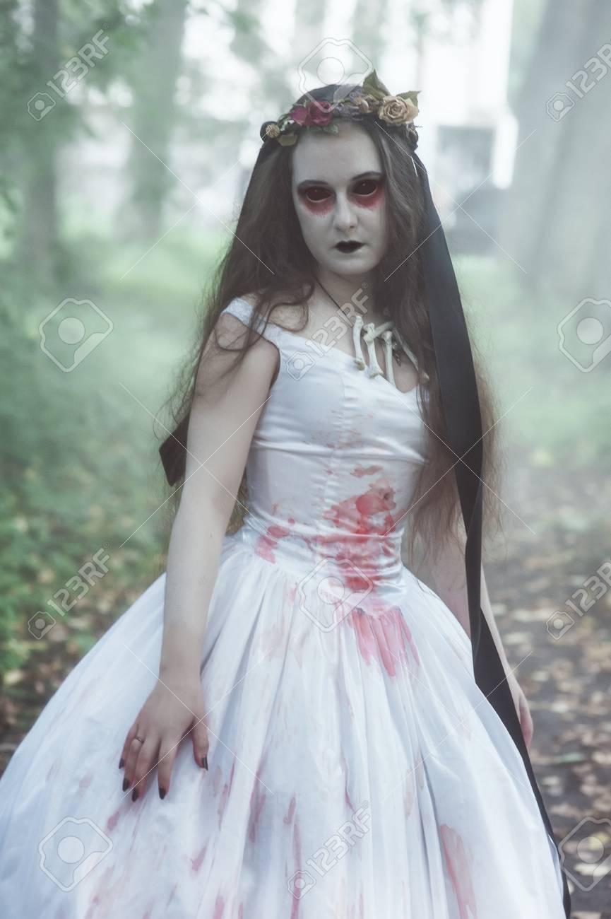 Halloween Bride.Creepy Dead Bride In White Dress Halloween Scene