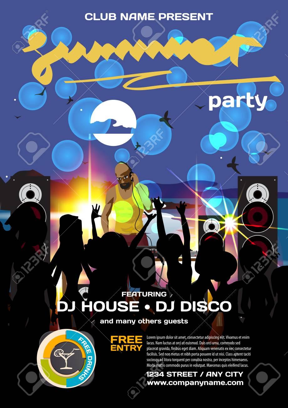 8e37555fef6d Invitación fiesta de verano estilo discoteca. Playa de noche, multitud de  mujeres en bikini, DJ, pósters, invitaciones o flyers. Ilustración de ...