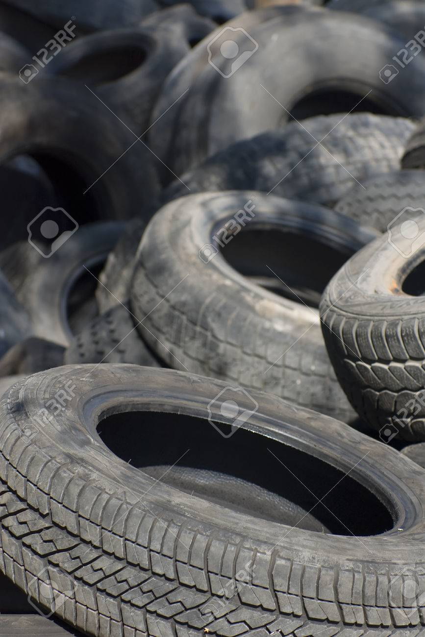 Pile of used old rubber tire Stock Photo - 24055129