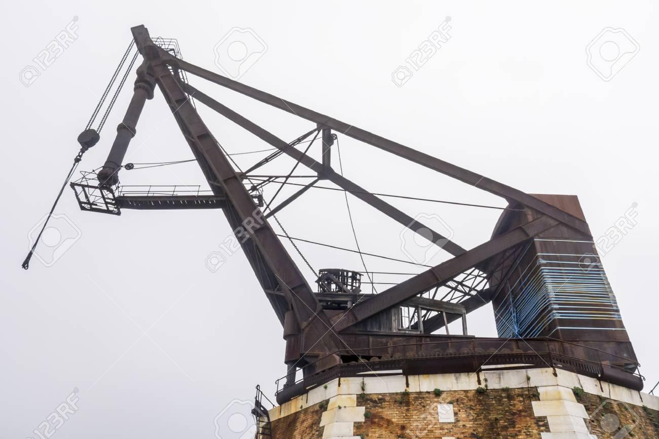 Hydraulic crane - 97243893