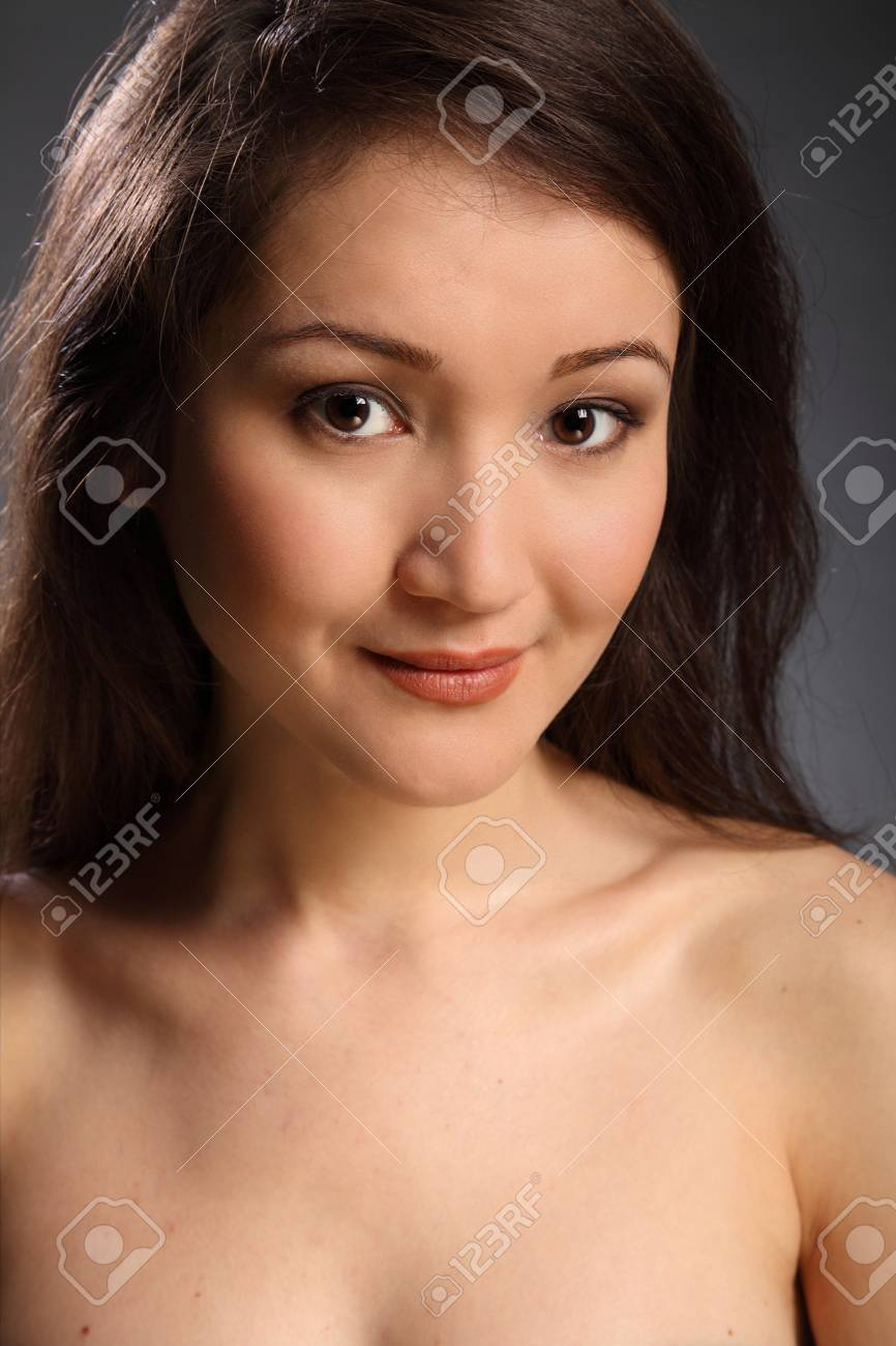 Lovely portrait of beautiful young woman Stock Photo - 9534887