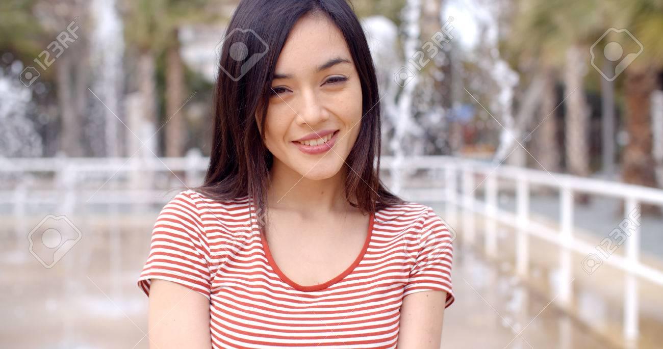 Asian pic single woman