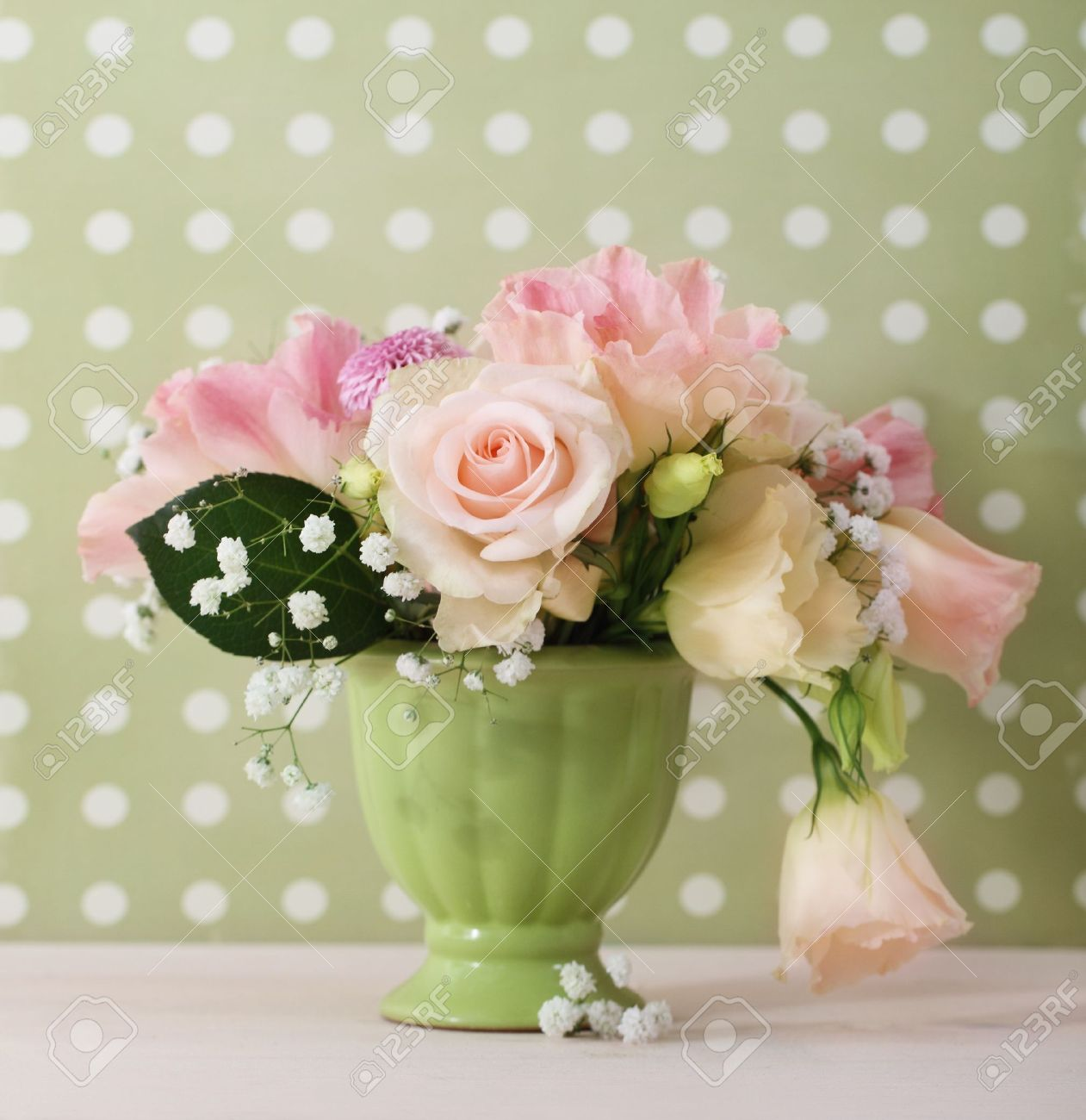 Flower vase images stock pictures royalty free flower vase bouquet of white and pink roses in the green vase stock photo reviewsmspy