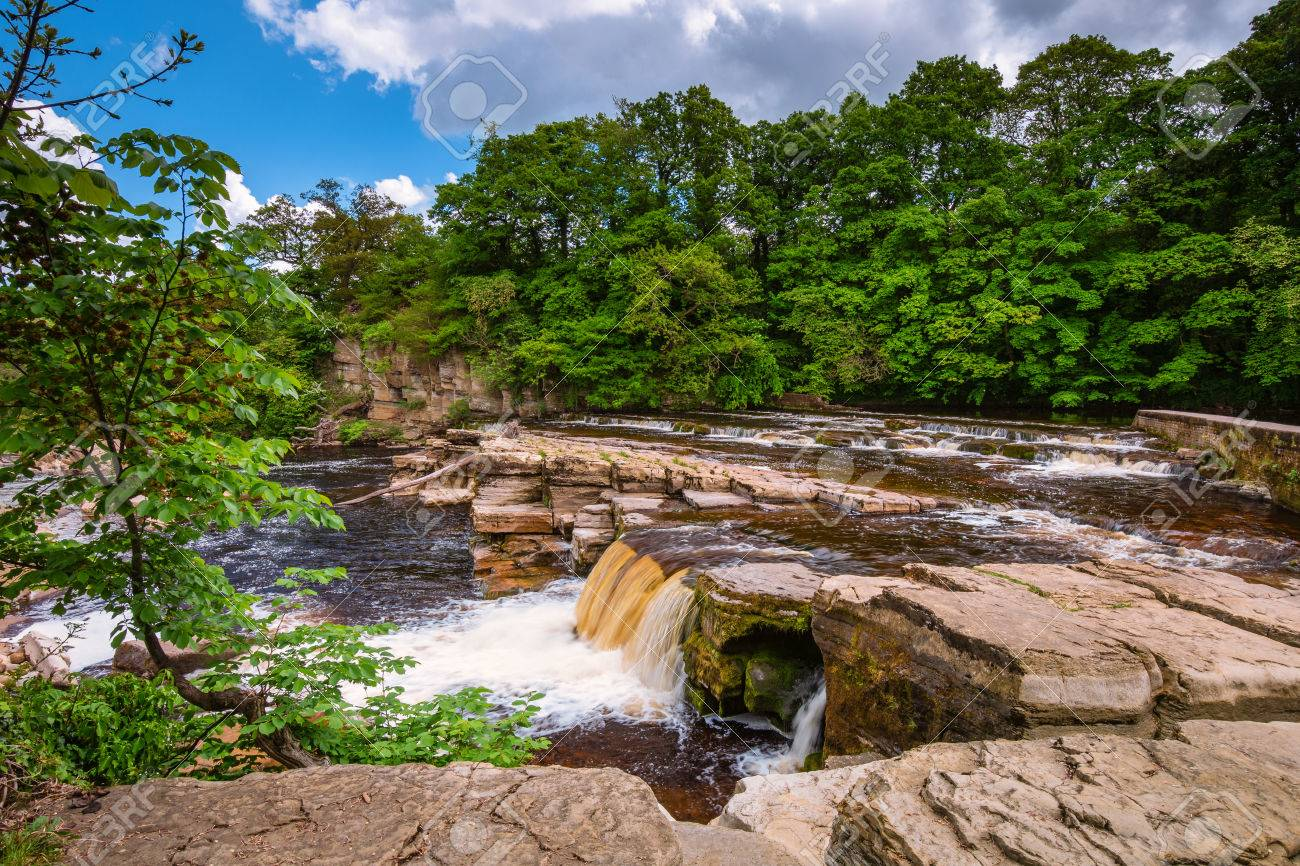 Richmond Falls at low water, at the market town of Richmond which is sited at the very edge of the North Yorkshire Dales, on the banks of River Swale - 80399435