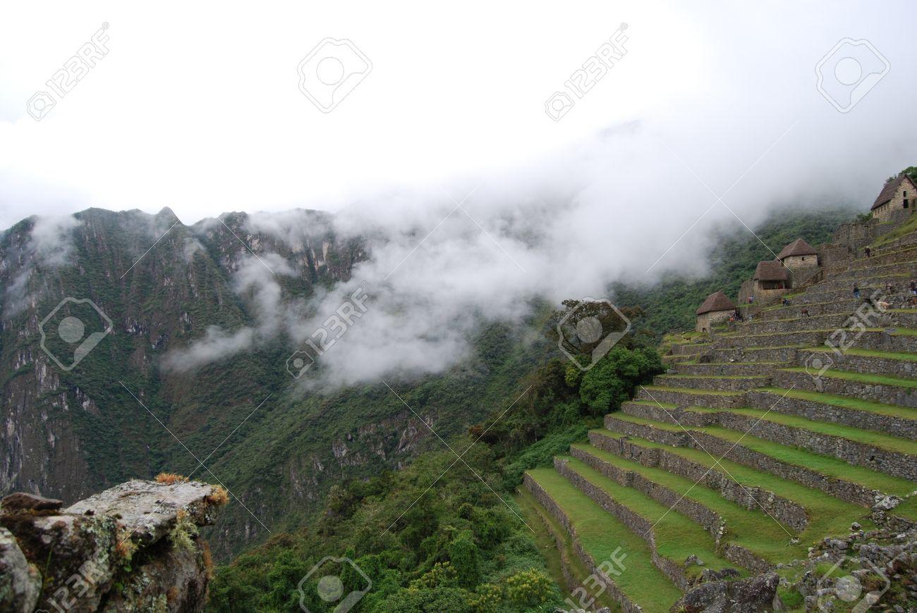 Las Casas Tradicionales Y Terrazas Para El Cultivo De Los Incas Machu Picchu En Perú