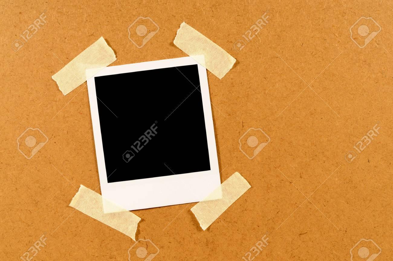 Impression Photo Planche Bois blank impression photo instantanée collant collé sur une planche de bois