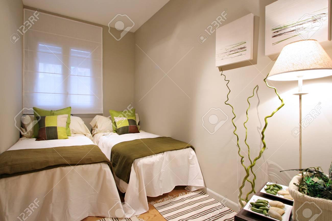 Ramblas-Boqueria Apartment - Double bedroom1 Stock Photo - 16619400