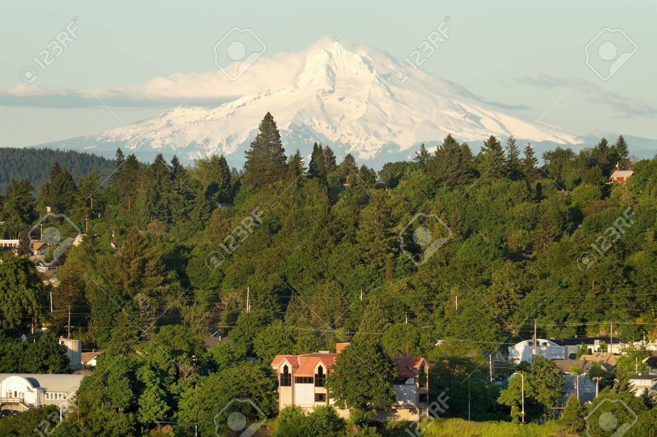 Mount Hood and Oregon City Landscape Stock Photo - 9731611