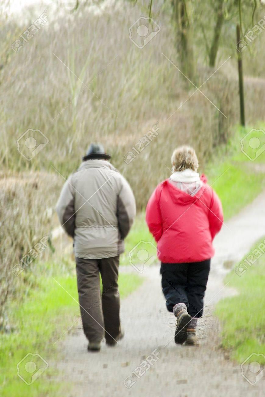 Beiden Mittleren Alter Wanderer Auf Weg Zu Fuss Zuruck Zum Auto