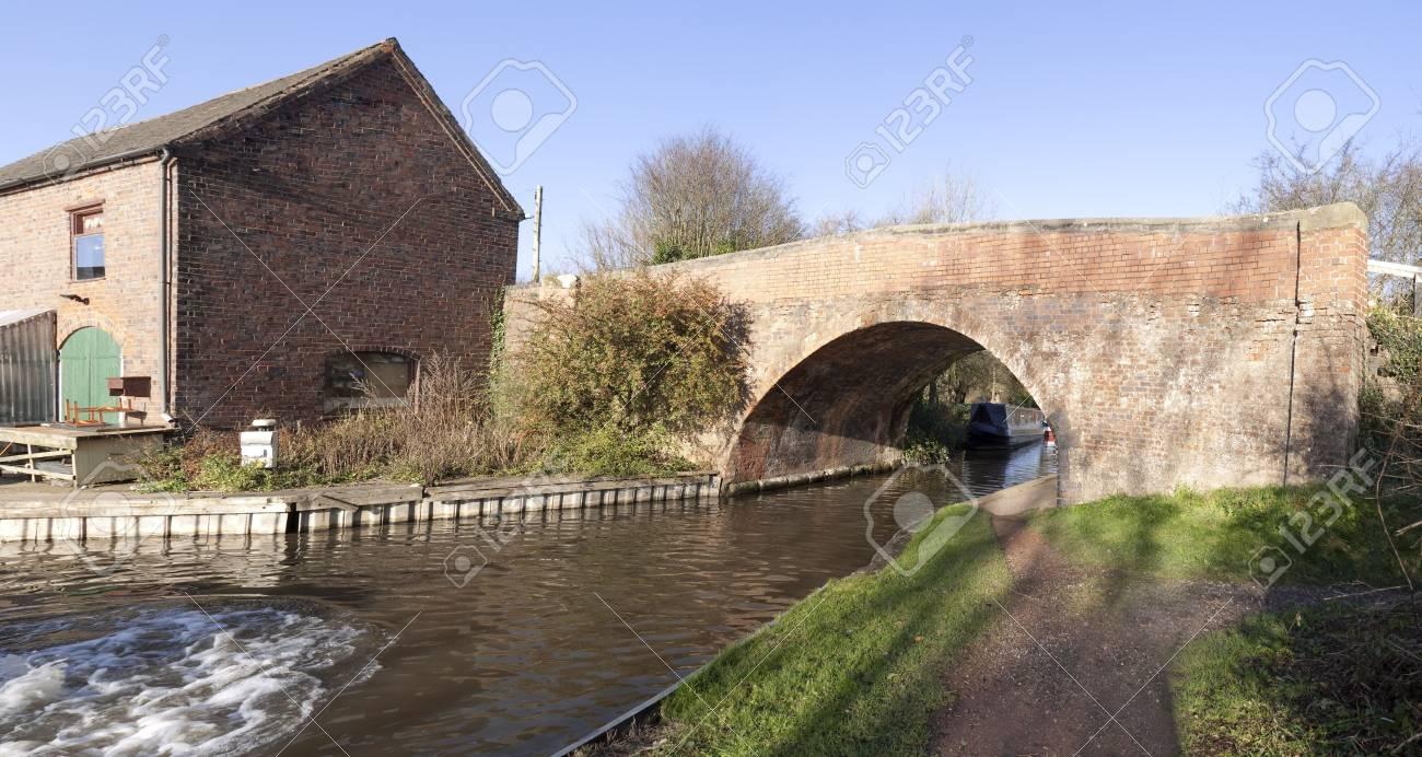 marina worcester and birmingham canal alvechurch worcestershire uk Stock Photo - 3962756