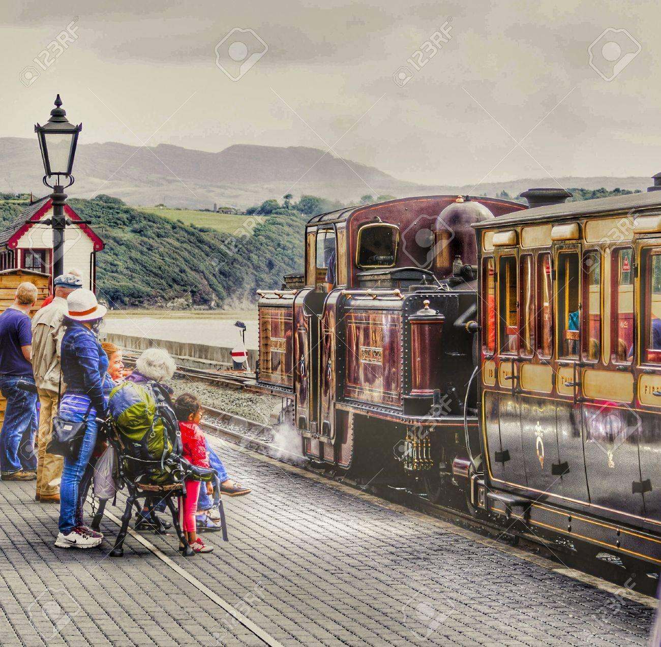 フェスティニオグ鉄道 の写真素...