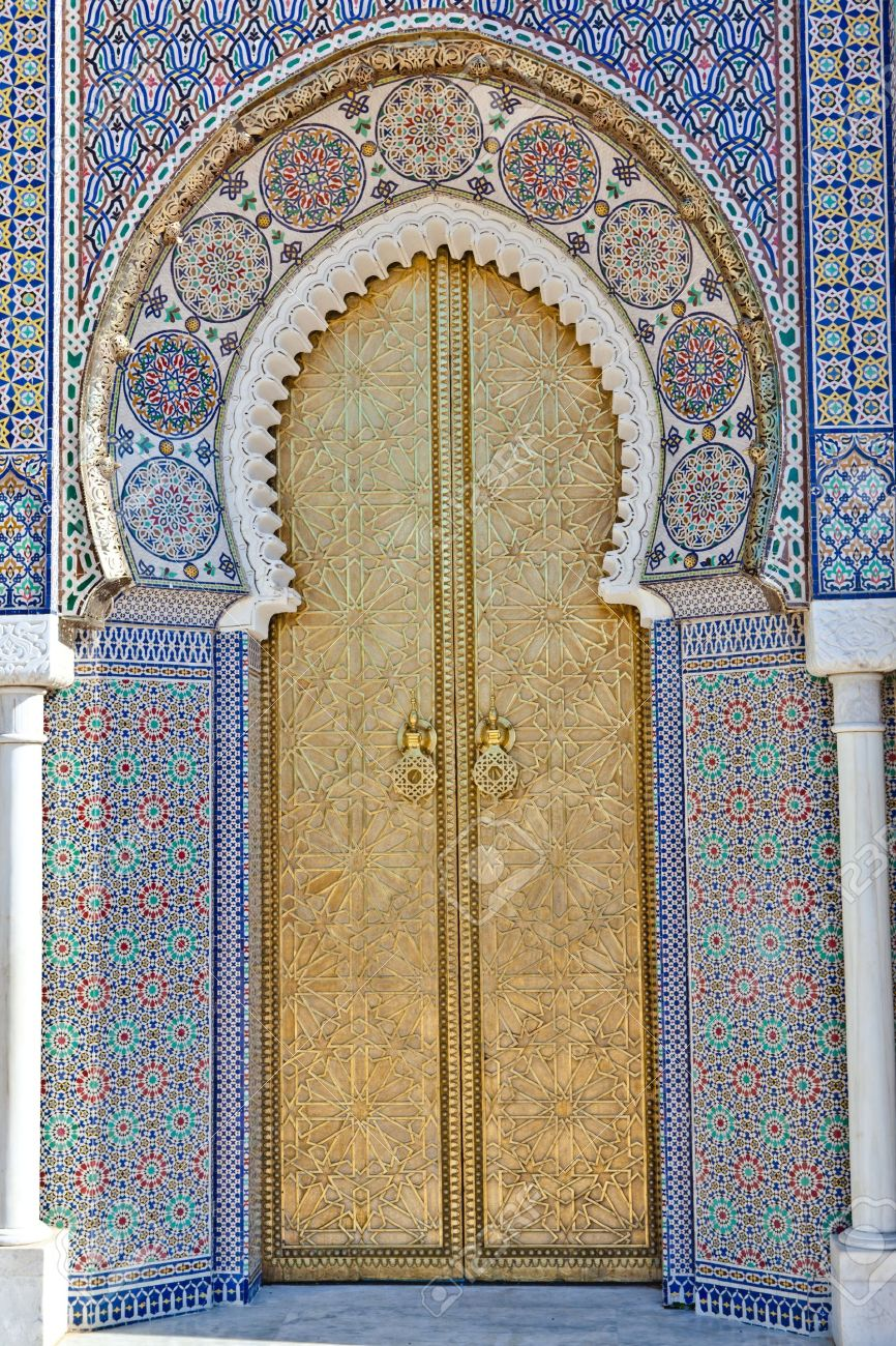 Old Golden Door of the Royal Palace in Fes, Morocco. - 9228300
