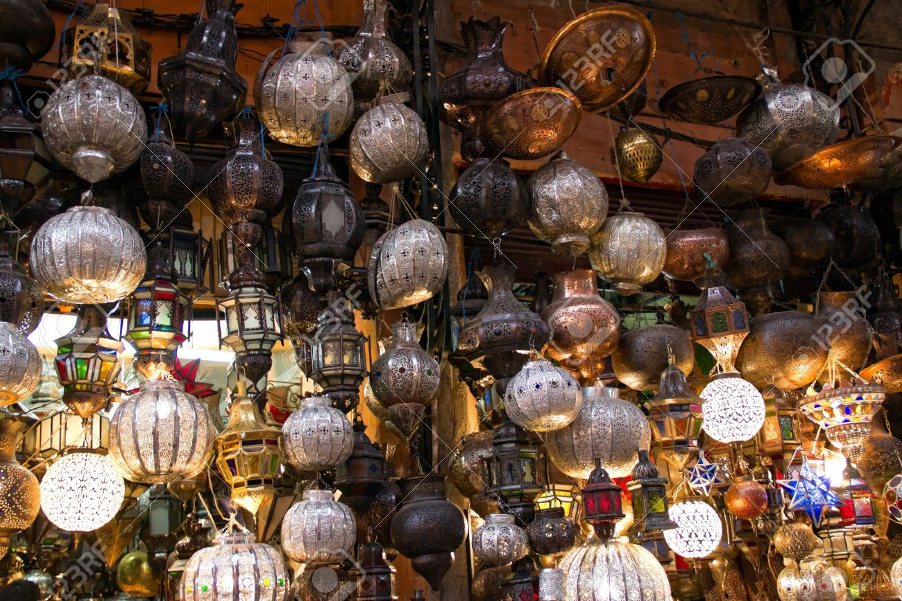 marrakech marruecos de octubre de tienda de lmparas en marrakech