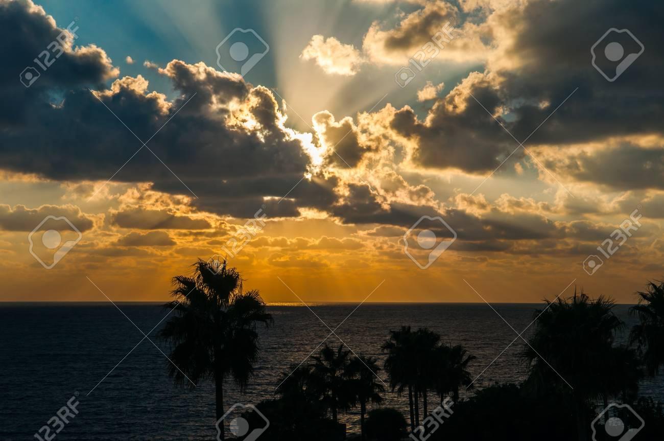 Evening sunset on the sea Stock Photo - 15759570