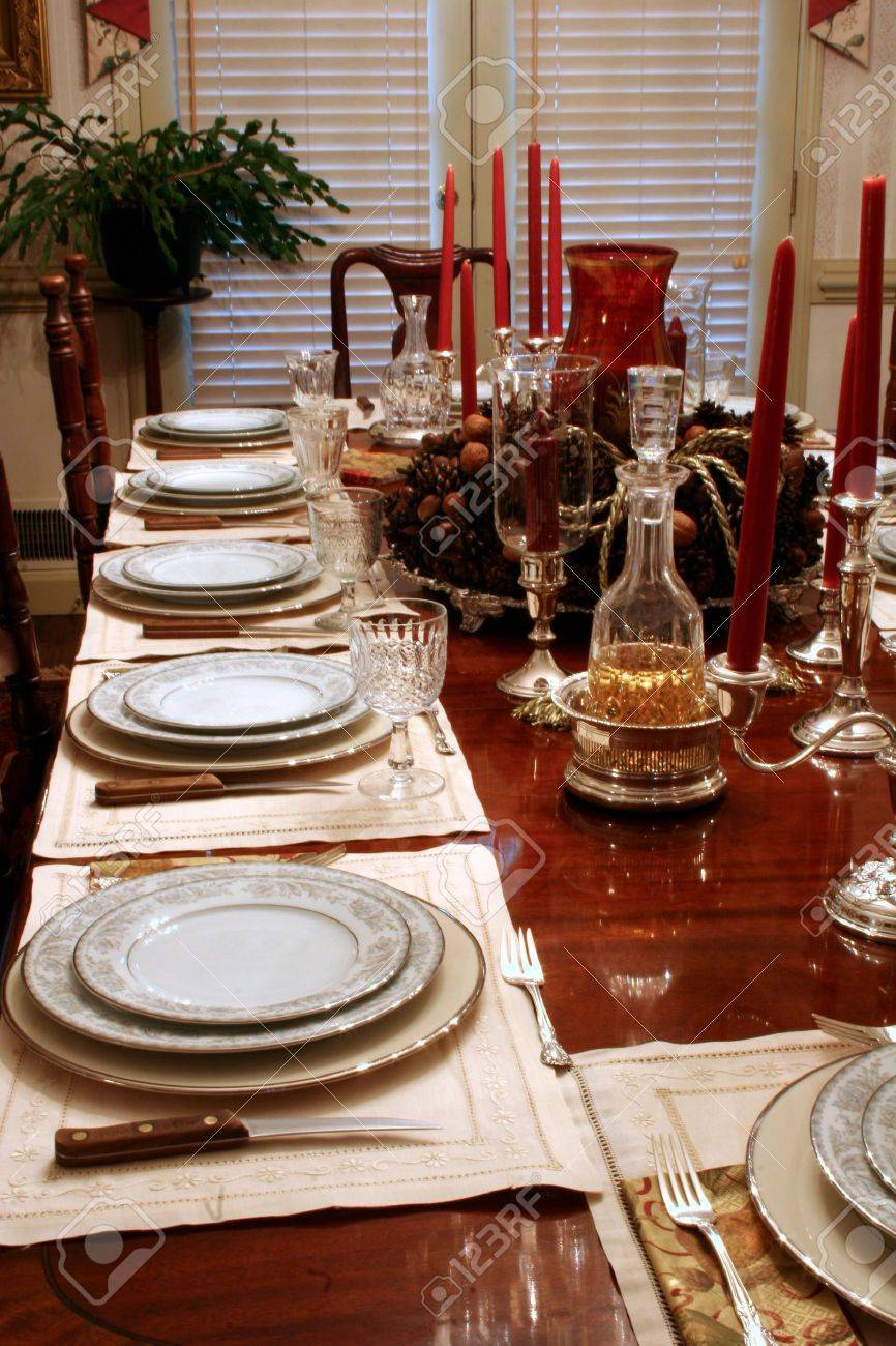 Formal Dining Table In Home Set For Holiday Dinner Stock Photo - How to set a formal dining table