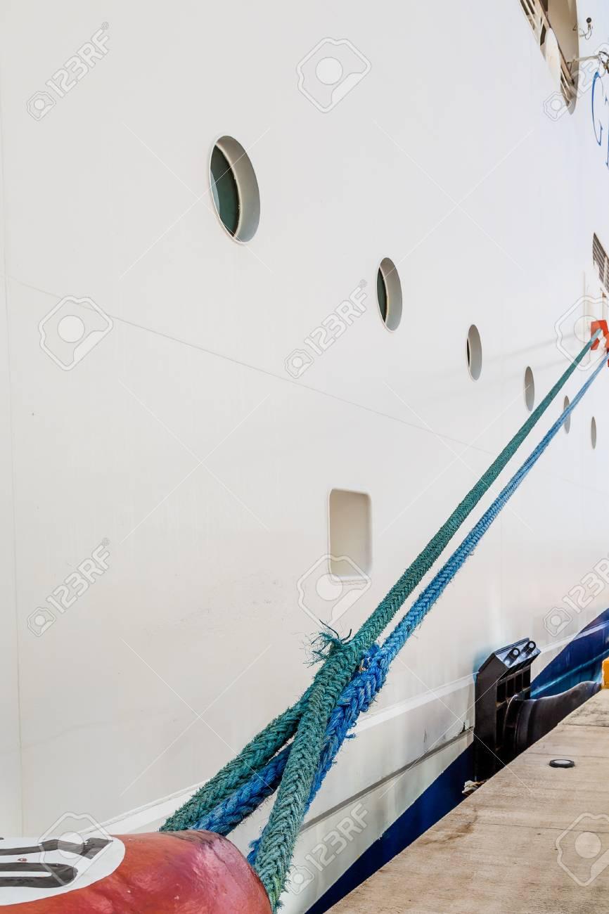 pipe sur bateau de croisière maman aide fils sexe