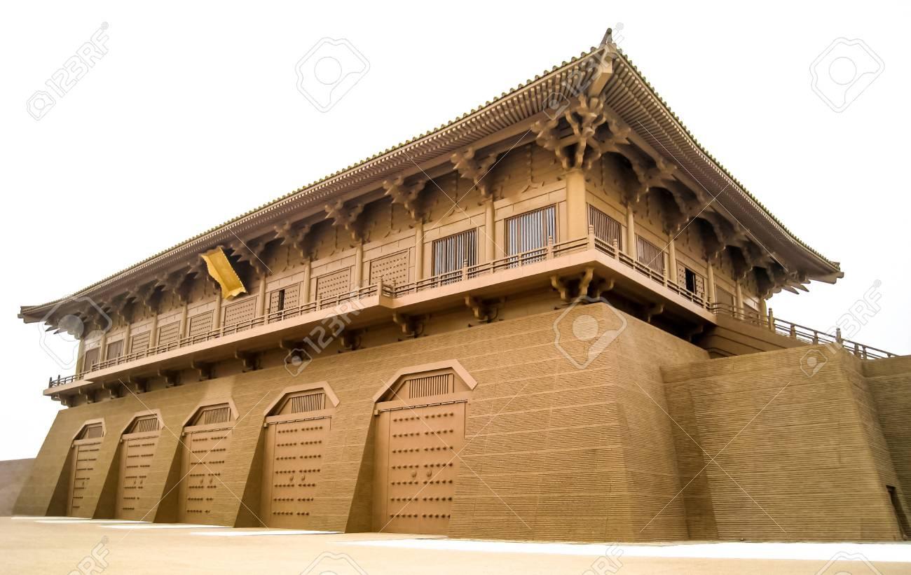これは、再建された中国の唐朝建物を撮った Xi のプレイモード 2010 の ...