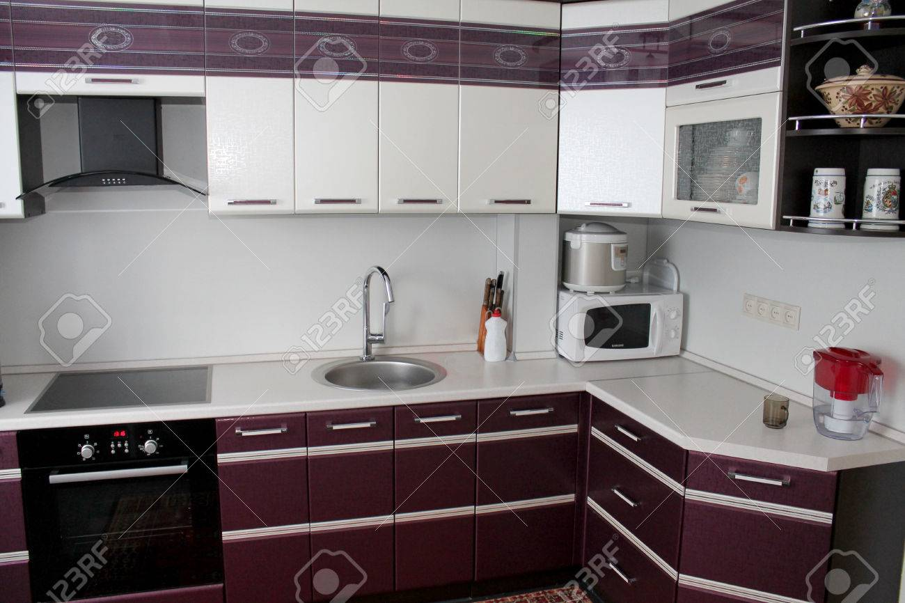 Modern Kitchen Set Up In The Flat Stock Photo Picture And Royalty