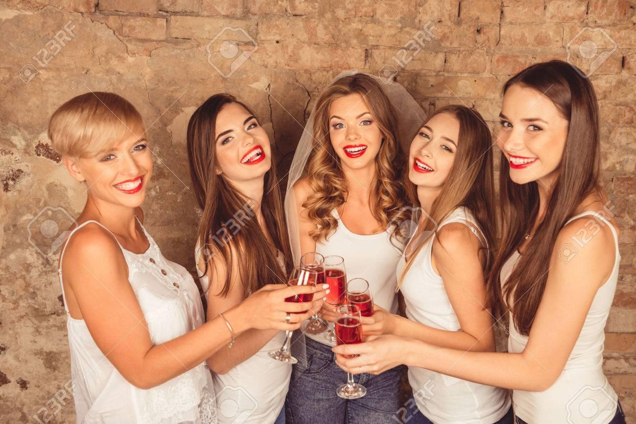 Charmant Bachelorette Party Kleid Ideen - Brautkleider Ideen ...