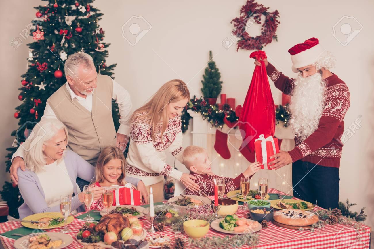 の クリスマス ディナー 近く