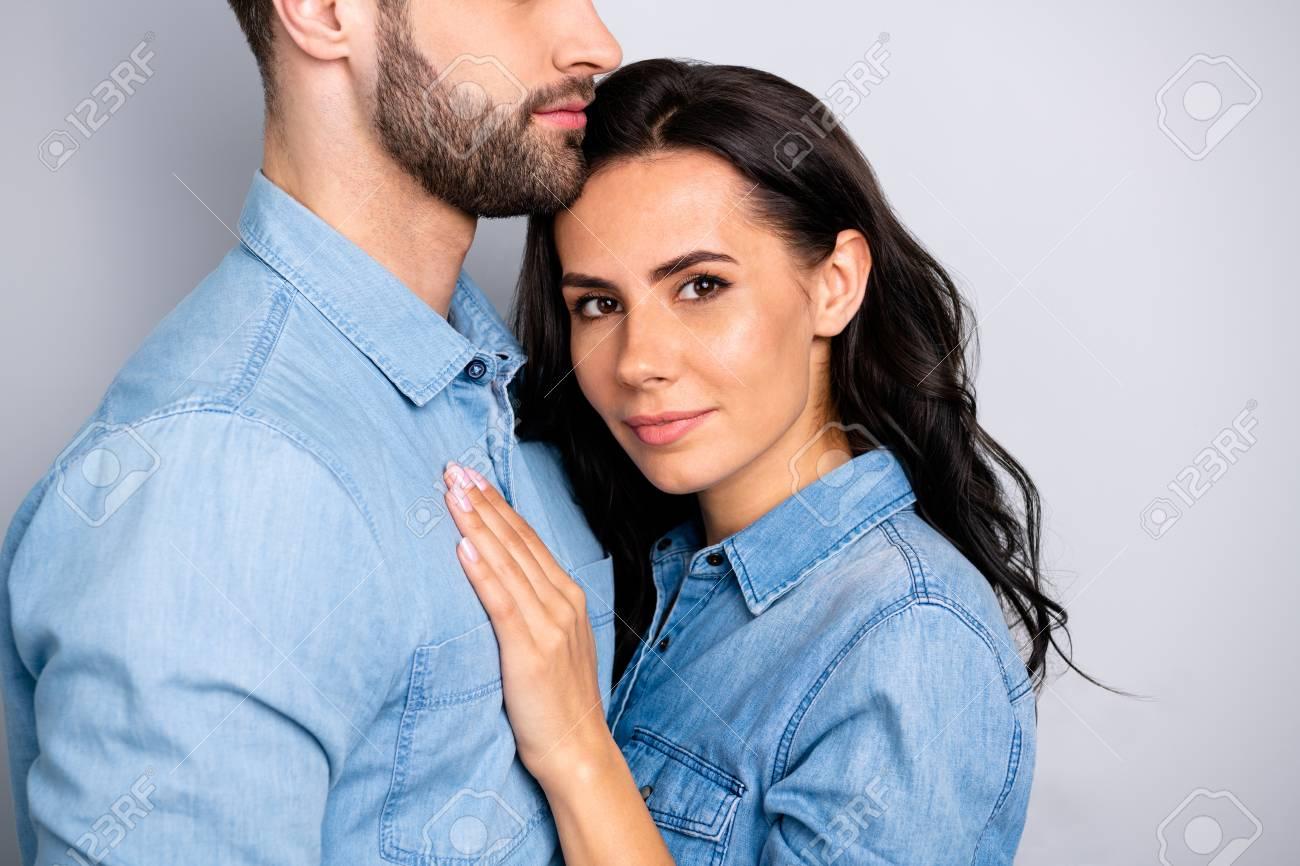 Beste mannlige dating profiler eksempler