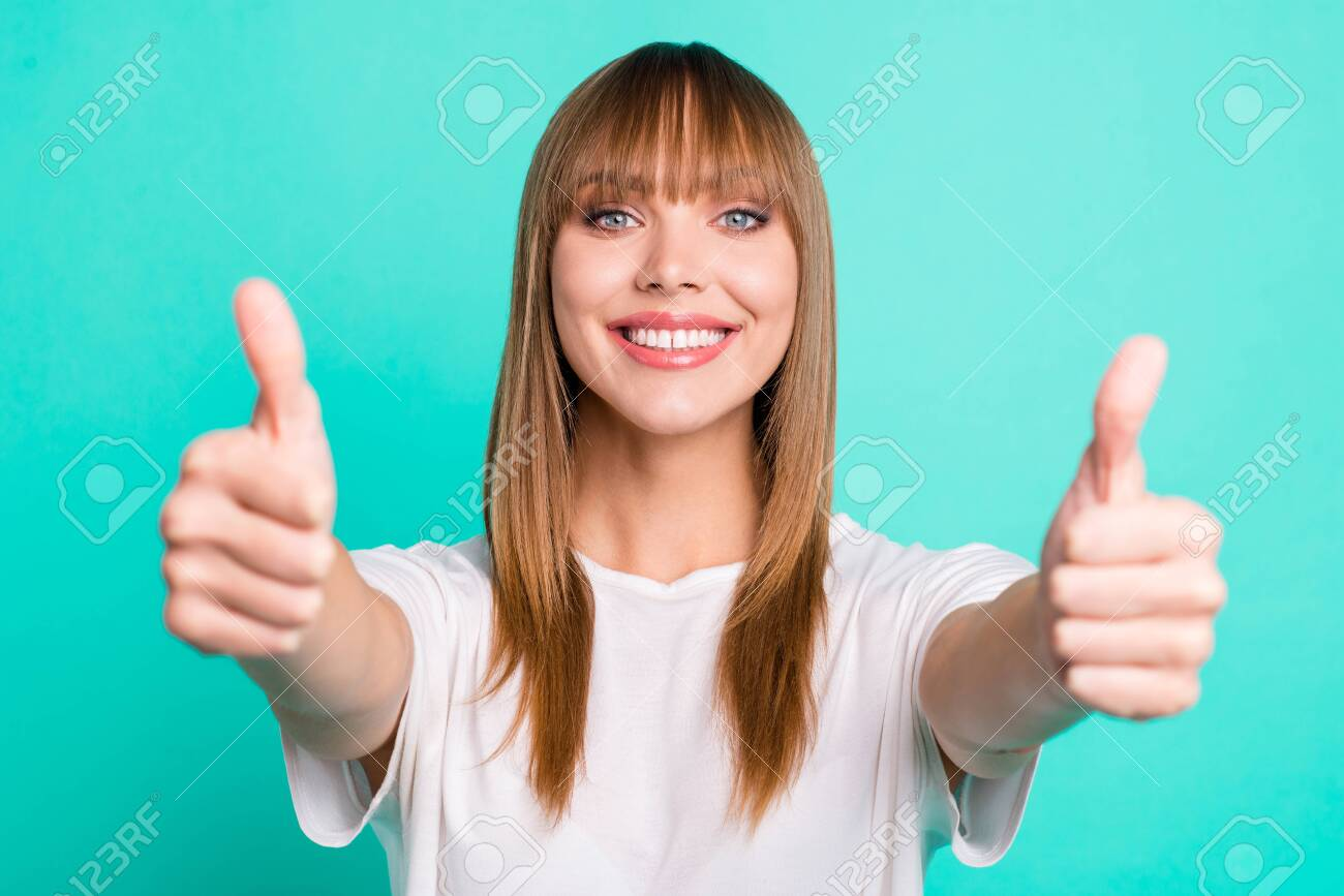 Portrait of positive cheerful satisfied confident people millennial fringe have advice choice decision advertisement demonstrate present pick tip wear summer stylish outfit isolated green background - 123916642