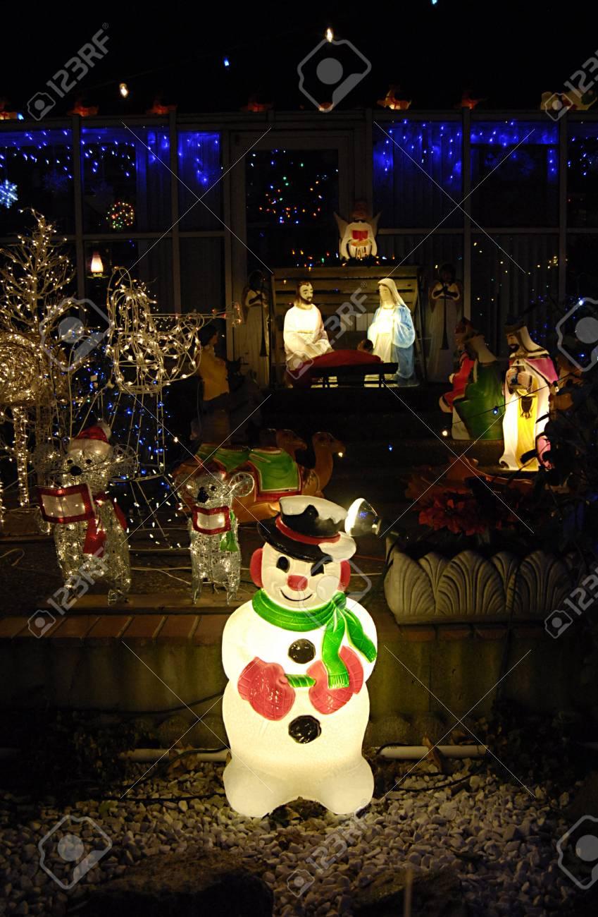 Lewiston Idaho State Usa Residents Lewiston 14 Rue A Decorer Sa Maison Avec La Lumiere Chritmas Santas Joseph Marie Et Jesus Animaux Figurres Il