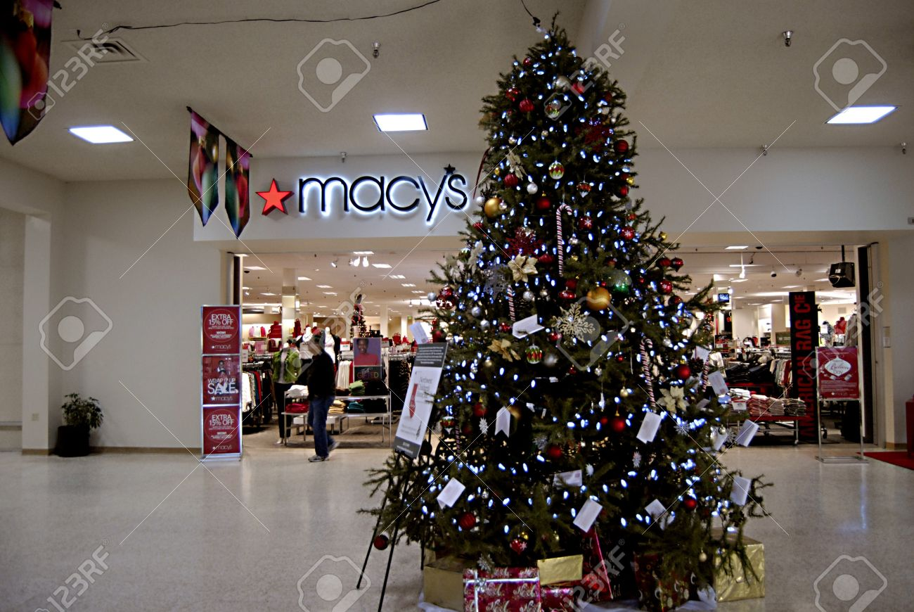 Macys Christmas Tree.Lewiston Idaho State Usa Christmas Tree Decorations With Ornaments