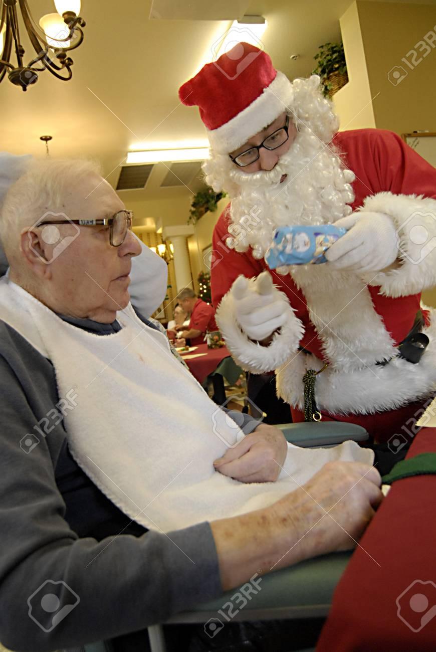 LEWISTON / IDAHO STATE / USA _ Père Spectacle Cadeau De Noël Pour
