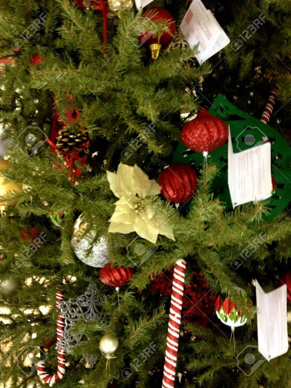 usa _macys decorated christmas tree with various christmas decoration items display - Decorated Christmas Trees For Sale