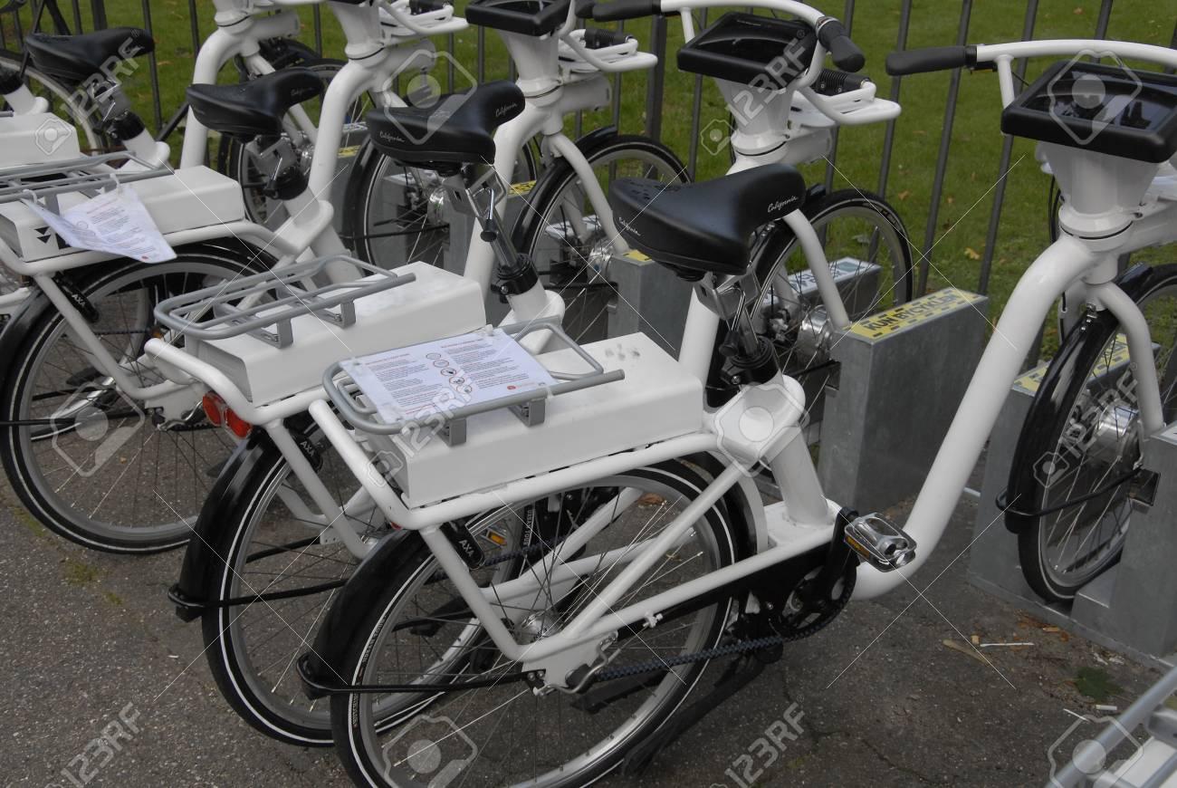 Copenhagen Danimarca 11 Settembre 2015 Bici Elettrica Della Città Per Travlers Parcheggiati Nella Parte Mary O Città