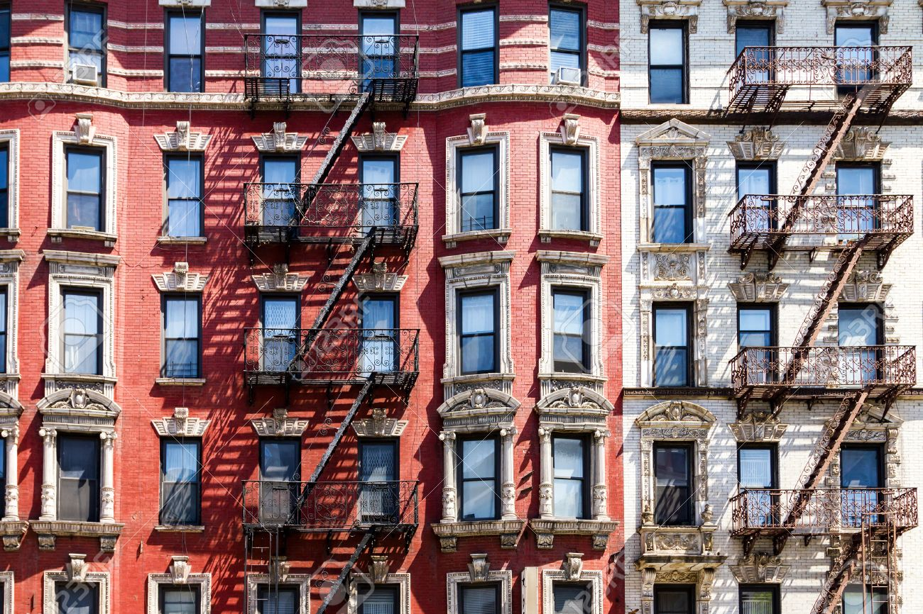 Charmant New York City Apartment Building Background Stock Photo   50331855