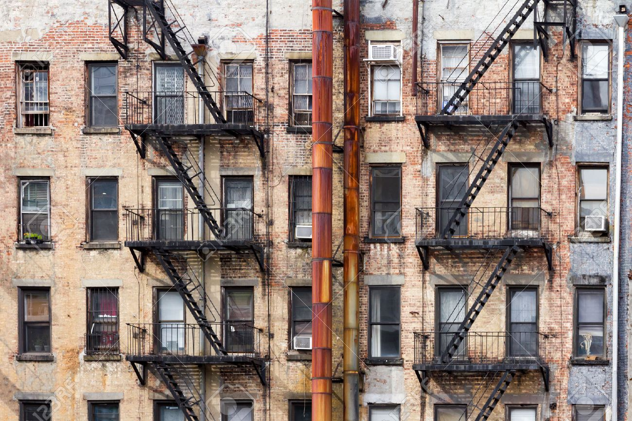 Old Dirty Apartment Buildings Facing An Alley In New York City Stock Photo    61706784