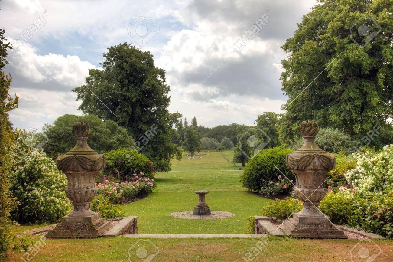 English Country Estate garden view - 16504886