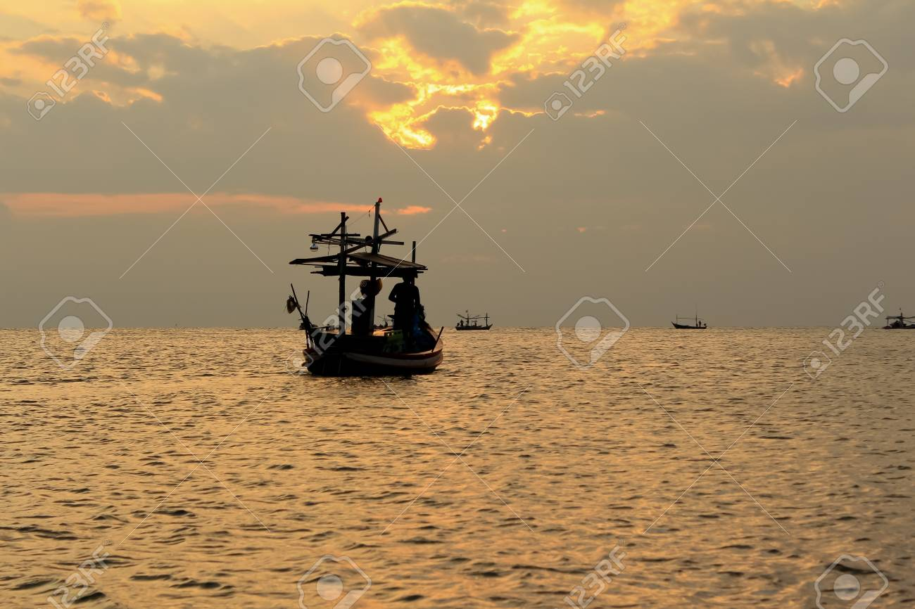 Fishing boat in thai sea, Thailand Stock Photo - 13986035